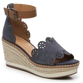 Vintage Wedge Shoes   Shop the world's