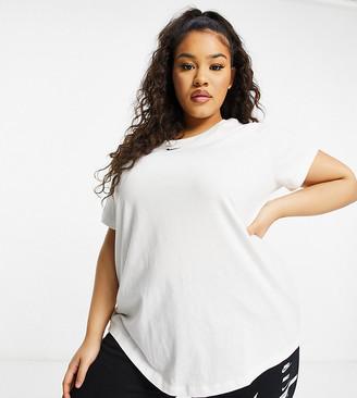 Nike Plus essential t-shirt in white