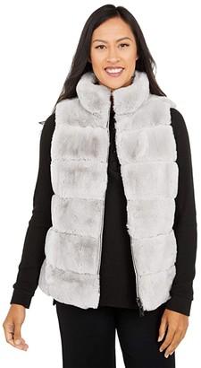 Via Spiga Sleeveless Short Reversible Faux Fur Vest (Light Grey) Women's Clothing