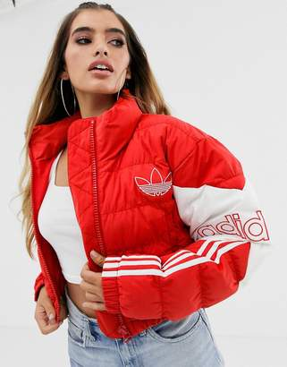 adidas cropped puffer jacket in red