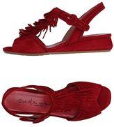 Pas De Rouge Sandale
