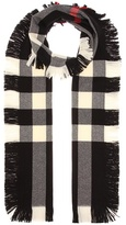Burberry Fringed check wool scarf