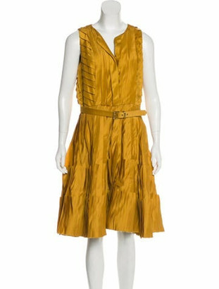 Oscar de la Renta Pleated Silk Dress Gold