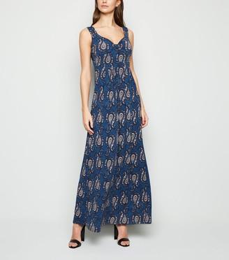 New Look Mela Paisley Print Maxi Dress