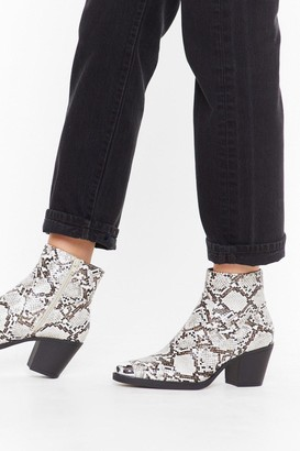 Nasty Gal Womens You Belong Toe Me Wide Fit Snake Boots - Beige - 3