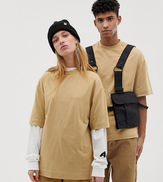 Collusion Unisex t-shirt in tan