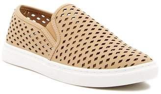 Steve Madden Zeena Slip-On Sneaker