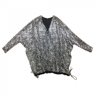 Gucci \N Silver Silk Tops