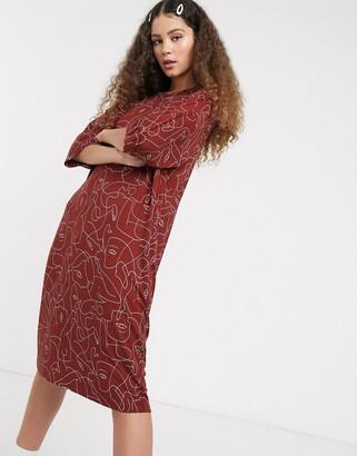 Monki line print jersey dress in rust