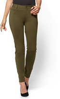 New York & Co. Soho Jeans - 5-Pocket Legging - Ponte - Petite