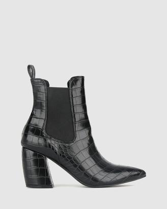 betts Medusa Heeled Ankle Boots