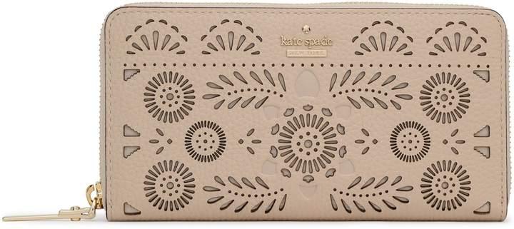 Kate Spade (ケイト スペード ニューヨーク) - Kate Spade New York レーザーカット テクスチャードレザー コンチネンタルウォレット