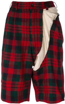 Comme des Garcons Pre-Owned deconstructed tartan Bermuda shorts
