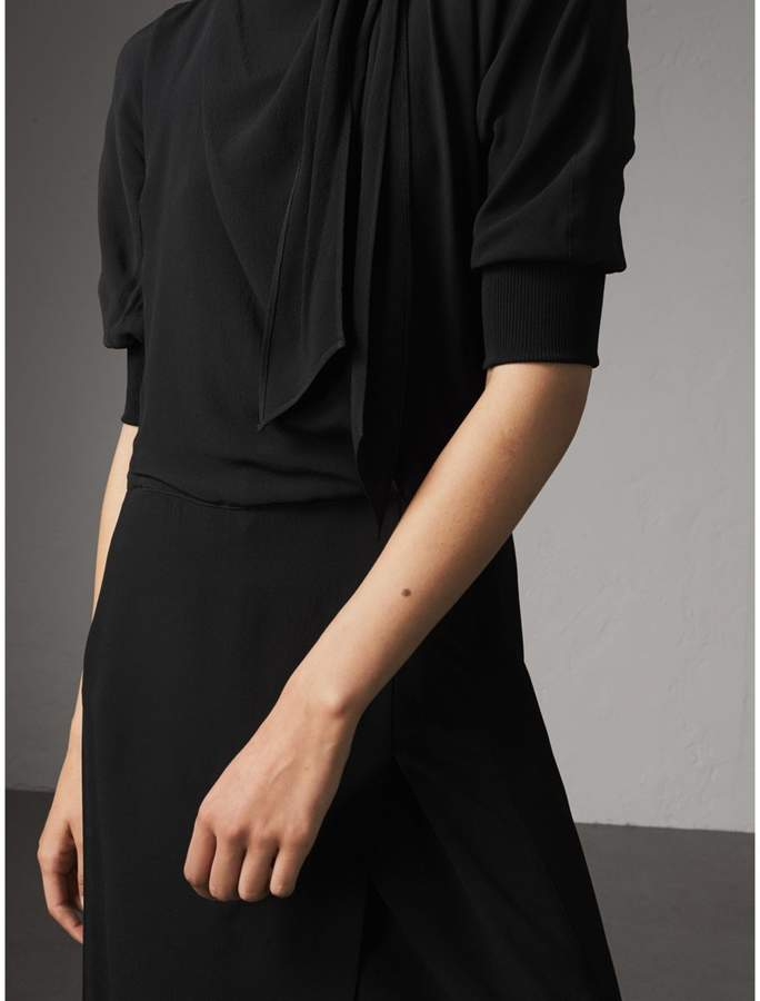 Burberry Pussy-bow Crepe Dress