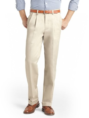 Izod Men's American Chino Straight-Fit Wrinkle-Free Pleated Pants