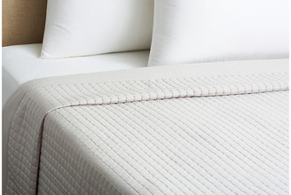 Belle Epoque Cotton Quilted Coverlet - Dove white