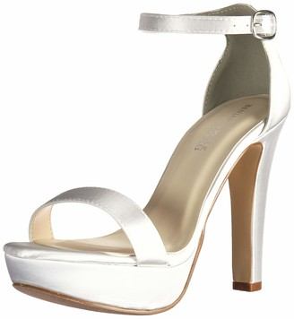 Touch Ups Women's Mary Heeled Sandal White 7 M US