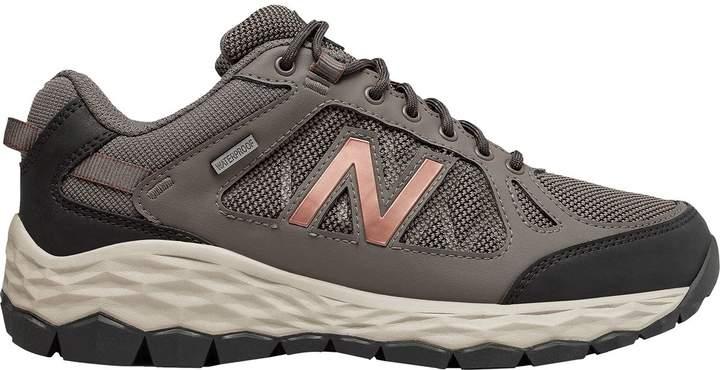 new balance waterproof shoes