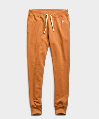 Todd Snyder + Champion Lightweight Slim Jogger Sweatpant in Spice