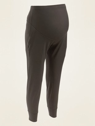 Old Navy Maternity Full-Panel Elevate Powersoft 7/8-Length Jogger Pants