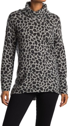 Magaschoni Leopard Print Turtleneck Cashmere Sweater