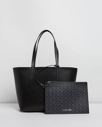 Calvin Klein Mono Reversible Medium Shopper
