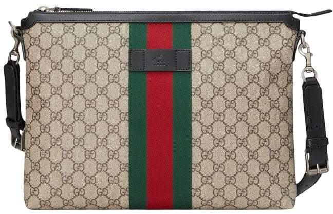 Gucci GG Supreme medium messenger bag
