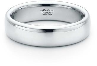 Tiffany & Co. Elsa Peretti Round narrow bangle in sterling silver, medium