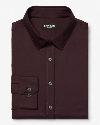 Express Classic Solid Wrinkle-Resistant Performance Dress Shirt