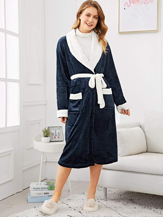 Contrast Side Self Belted Fluffy Robe