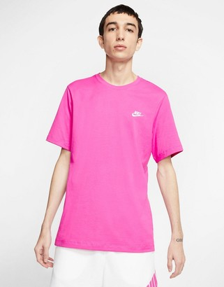 Nike Club crew neck t-shirt in pink