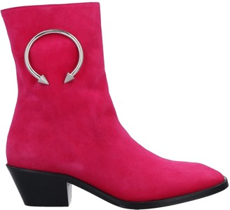 Dorateymur Ankle boots