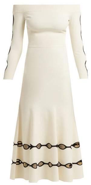 Alexander McQueen Off The Shoulder Eyelet Knit Dress - Womens - White Black