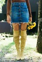 BDG Denim Button-Front Frayed Skirt