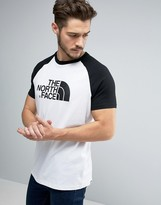 The North Face Raglan Easy T-shirt Large Logo In White/black