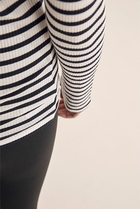 Country Road Stripe Rib Layering T-Shirt