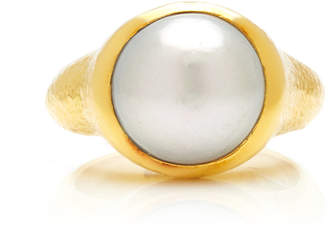 Particulieres Hammered 18K Gold Ring with Gray Cultured Pearl
