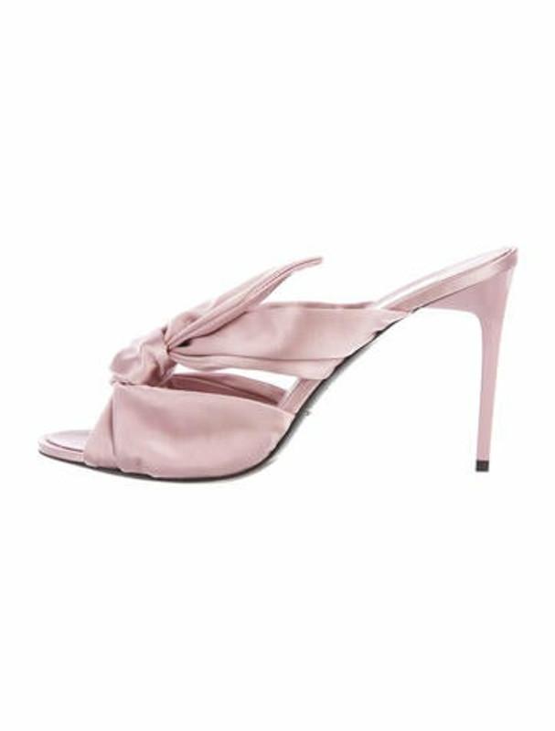 Oscar de la Renta Bow Accents Slides Pink