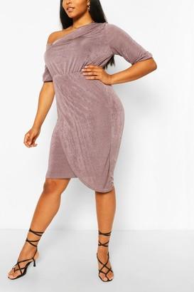 boohoo Plus Textured Slinky Neck Midi Dress