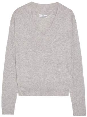 Co Cashmere Wide V-Neck Sweater in Light Grey