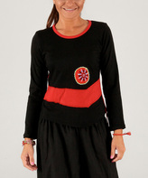 Aller Simplement Black & Red Medallion Scoop Neck Top