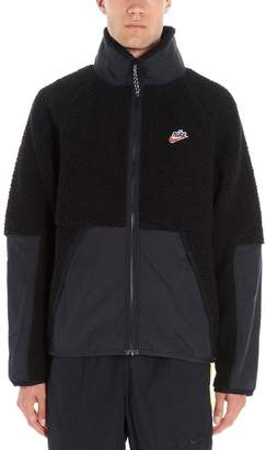 Nike Stand Up Collar Zipped Sherpa Jacket