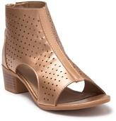 Nicole Miller Briel Perforated Block Heel Sandal (Little Kid & Big Kid)
