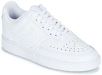 Nike COURT VISION LOW women's Shoes (Trainers) in White