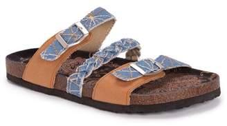 Muk Luks Bonnie Braided Footbed Sandal