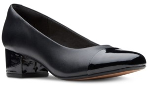 Clarks Collection Women's Chartli Diva Pumps Women's Shoes