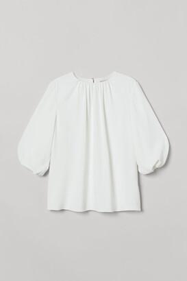 H&M Voluminous-sleeved Blouse - White