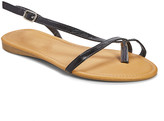 Star Bay Women's Sandals Black - Black Toe-Strap Sandal - Women