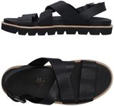 O.x.s. Sandals