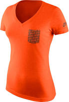 Nike Women's Cleveland Browns NFL Pocket V-Neck T-Shirt
